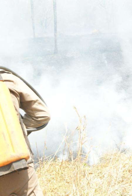 combate_incendio02.JPG