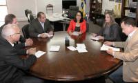 Claudia Lelis recebe grupo de empresários do Mato Grosso interessados em investir no TO