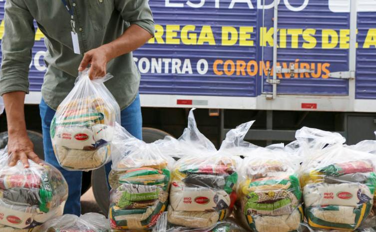 Esta semana o Governo do Tocantins atende mais de 20 mil famílias impactadas em 42 cidades