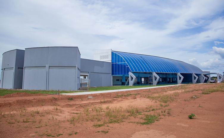 O Governo do Tocantins publicou um aviso de pregão eletrônico, para adquirir, instalar e garantir os serviços de manutenção preventiva e corretiva de duas usinas geradoras de oxigênio