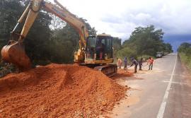 Governo do Tocantins corrige erosão causada pelas chuvas entre Goiatins e Campos Lindos