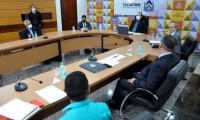 Governador Carlesse destrava regularização de quadras industriais de Palmas