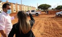 Vice-governador Wanderlei Barbosa e secretária Juliana Passarin vistoriam obras da Avenida NS-15