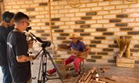 Técnicas de produção da viola de buriti são tema de documentário e oficina virtual