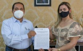 Governo do Tocantins e municípios assinam Termo de Cooperação para implantação de Centros de Referência Especializados de Assistência Social e Famílias Acolhedoras