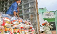 Governo do Tocantins atende mais de 2 mil famílias de 11 municípios em nova etapa de entrega de cestas básicas