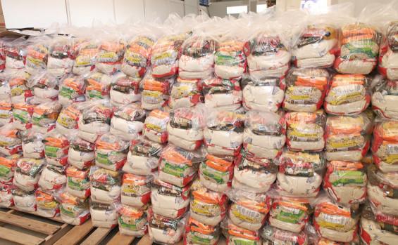Governo do Tocantins inicia terceira etapa da entrega de kits de alimentos para estudantes da rede estadual de ensino