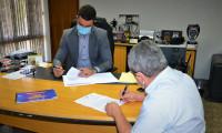 Secretário da Cidadania e Justiça recebe gestores de Porto Nacional para firmar parceria junto ao Programa Novo Tempo