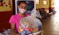 Governo do Tocantins entrega mais de 4 mil cestas básicas em 18 cidades tocantinenses