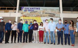 Governador Mauro Carlesse acompanha andamento da obra da Escola Estadual de Tempo Integral de Araguatins