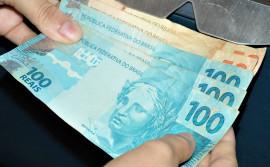 Governo do Tocantins adianta salário de servidores e pagamento começa nesta quinta, 24