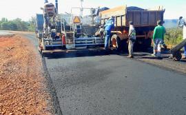 Governo do Tocantins assegura continuidade das obras da Avenida NS-15, em Palmas