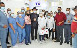 Em uma semana, governador Carlesse amplia número de leitos de UTI no Tocantins, dá continuidade à ação de distribuição de alimentos e lança programa Tocando em Frente