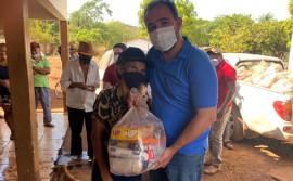 Governo do Tocantins entrega mais de 50 toneladas de alimentos às famílias das zonas rurais da região do Vale do Araguaia