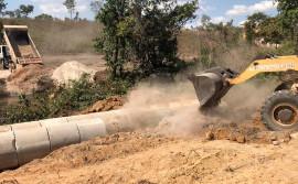 Governo do Tocantins constrói ponte sobre o córrego Dantas, em Almas