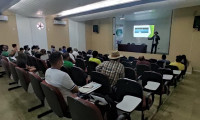Governo do Tocantins apoia organização de piscicultores para criação de peixes em tanques rede no lago de Porto Nacional