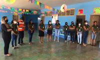 Pelotão do Sorriso leva orientação e kits de higiene bucal a famílias carentes
