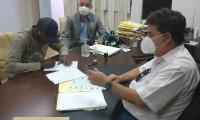 Presidente do Itertins entrega mais um título no Município de Santa Rosa do Tocantins.