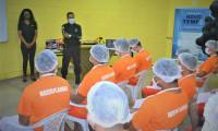 15 custodiados da Unidade de Tratamento Penal Barra da Grota se formam no curso de panificação e confeitaria