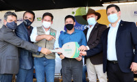 Governador Carlesse e ministros da Cidadania e do Turismo entregam 19 caminhões-baú que vão fortalecer o Programa de Aquisição de Alimentos no Tocantins