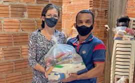 Governo do Tocantins atende famílias de Gurupi com 12 toneladas em alimentos