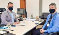 Secretaria da Administração debate proposta de parceria para oferta de descontos aos servidores estaduais em universidade