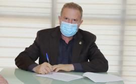 Governador Carlesse assina decreto que estimula a industrialização da produção de grãos no Tocantins