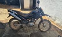Motocicleta com sinais de adulteração é apreendida e condutor detido em Colméia