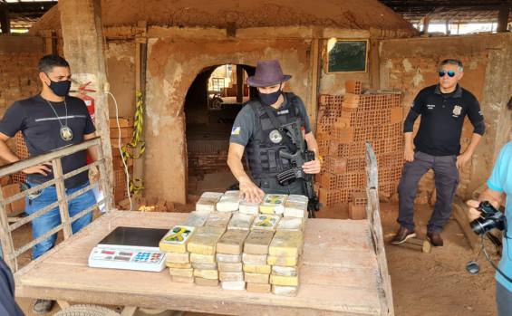 Polícia Civil incinera mais de 80 kg de pasta base de cocaína avaliada em R$ 10 milhões no extremo norte do Estado