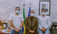 Vereador Nego do Palácio participa de reunião com o secretário Tom Lyra