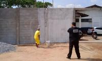 Custodiados trabalham na revitalização dos muros da Unidade Penal de Natividade