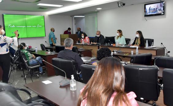 Equipes de transplante dos hospitais notificantes do Tocantins recebem homenagem na Assembleia