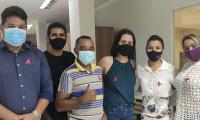 Ação do Procon Tocantins em alusão ao Outubro Rosa reforça as medidas de prevenção e diagnóstico precoce do câncer de mama e colo de útero