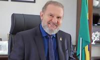 Governador Mauro Carlesse decreta ponto facultativo na segunda-feira, 11