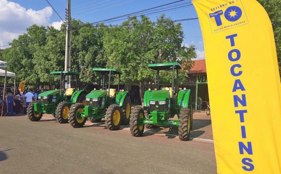 Governador Carlesse assina contratos do programa Tocando e reafirma que programa Tocando em Frente vai gerar mais de 100 mil empregos no Tocantins