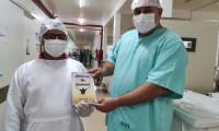 Paciente recuperado da Covid-19 escreve livro sobre os dias que ficou internado no Hospital Regional de Gurupi