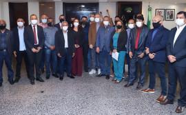 Governador Carlesse e vereadores de Porto Nacional discutem demandas do município