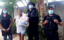 Governo do Tocantins realiza entrega de kits de alimentos a familiares de custodiados da Unidade de Segurança Máxima do Cariri
