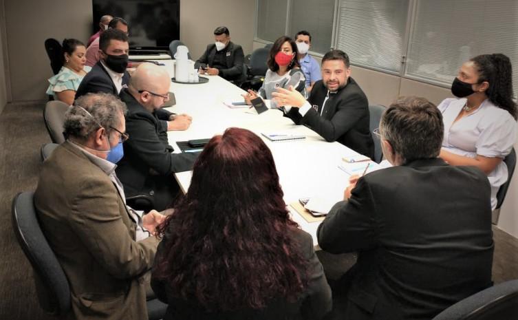 Durante o encontro foram abordadas questões relacionadas ao fortalecimento do Sistema Nacional de Atendimento Socioeducativo (SINASE),