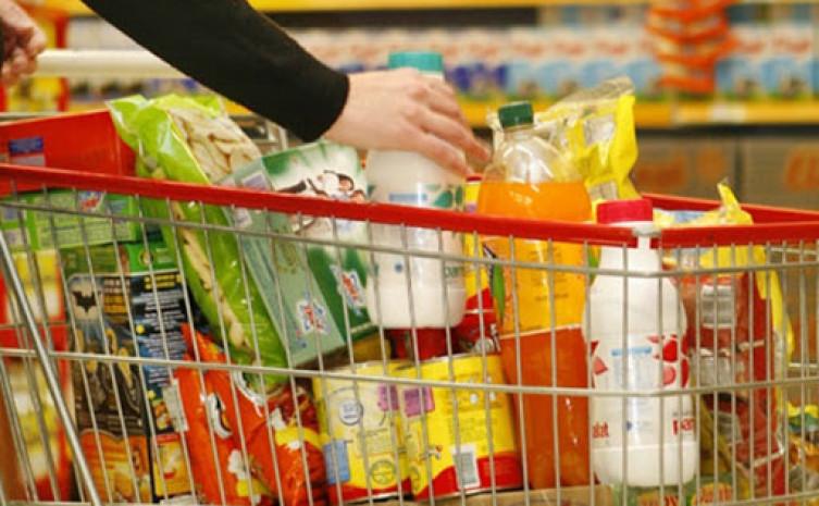 O consumidor deve estar atento ao rótulo e à etiqueta informativa na hora das compras